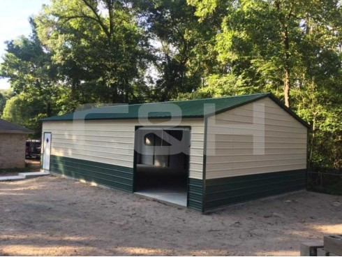VERTICAL ROOF GARAGE 22W x 41L x 9H